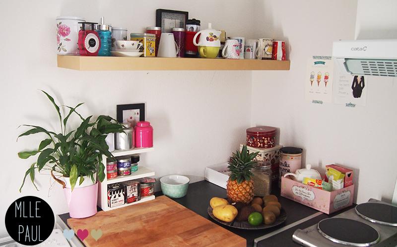 un petit tour en cuisine. Black Bedroom Furniture Sets. Home Design Ideas