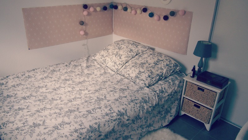 La chambre toute douce - Papier peint ikea brakig ...