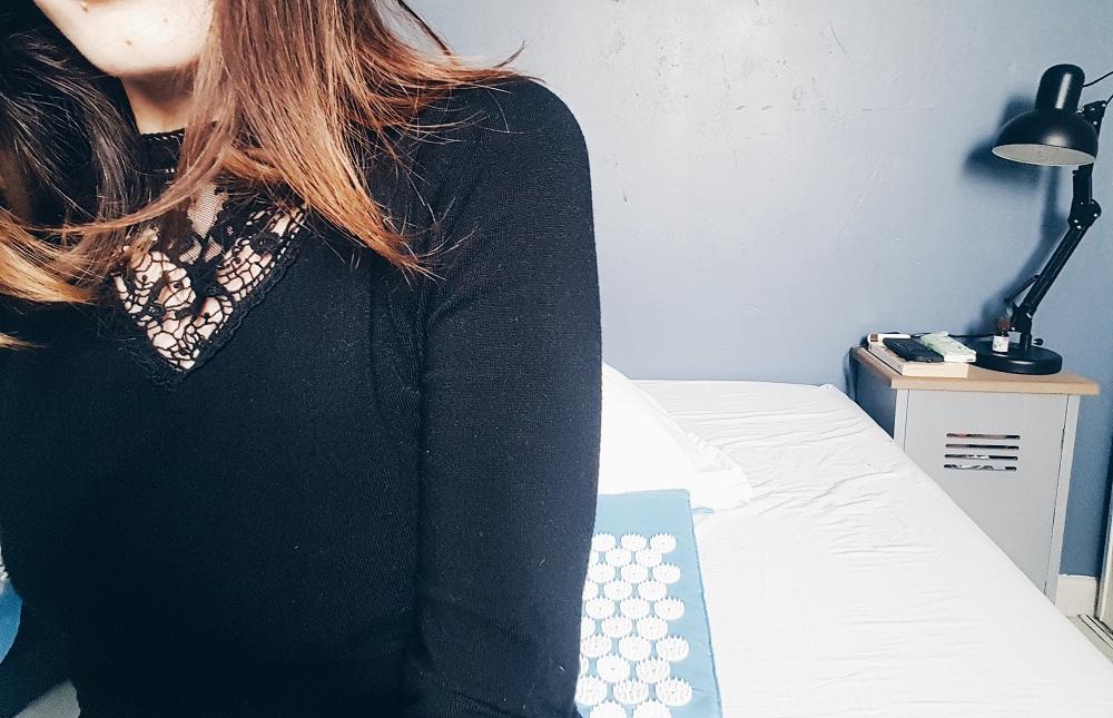 matelas pour mal de dos soulager la nuque et le haut du dos avec un oreiller ergonomique. Black Bedroom Furniture Sets. Home Design Ideas